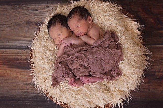 Télépathie entre jumeaux