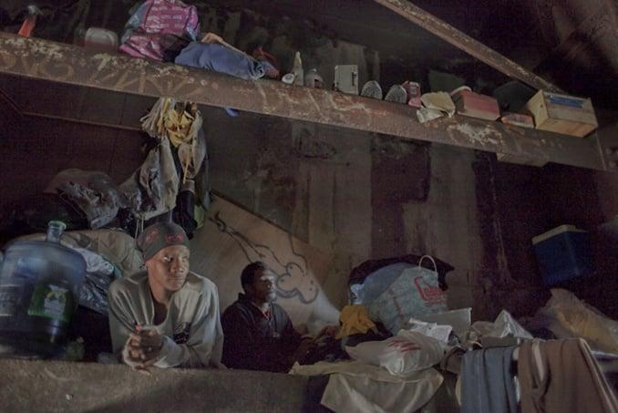 famille vivant dans les souterrains New York